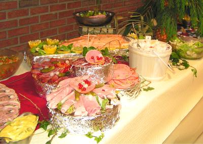 Buffet de charcuteries et saumon
